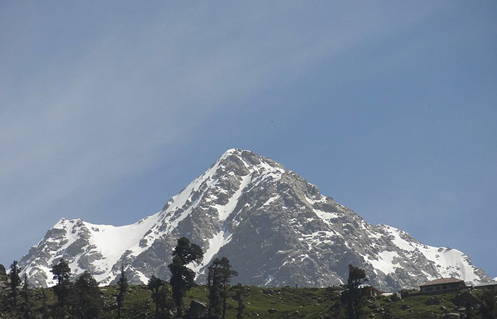 Очистившийся воздух позволил местным жителям впервые за несколько десятилетий видеть Гималаи.