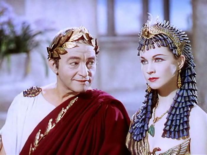 Цезарь и Клеопатра, кадр из одноимённого фильма.