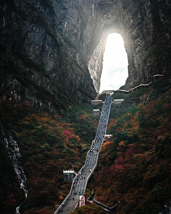 Чжанцзяцзе в Китае -  это действительно впечатляюще.