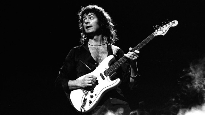 Легендарный Ричи Блэкмор - великий гитарист-виртуоз и неутомимый экспериментатор.