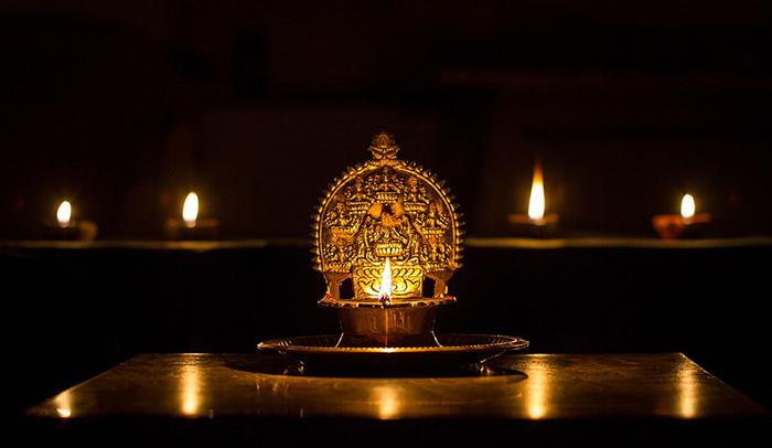 У всех индийских религиозных конфессий есть разные легенды о Дивали.