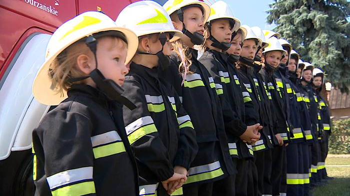 Пожарная команда, состоящая исключительно из девушек, привлекла внимание СМИ.