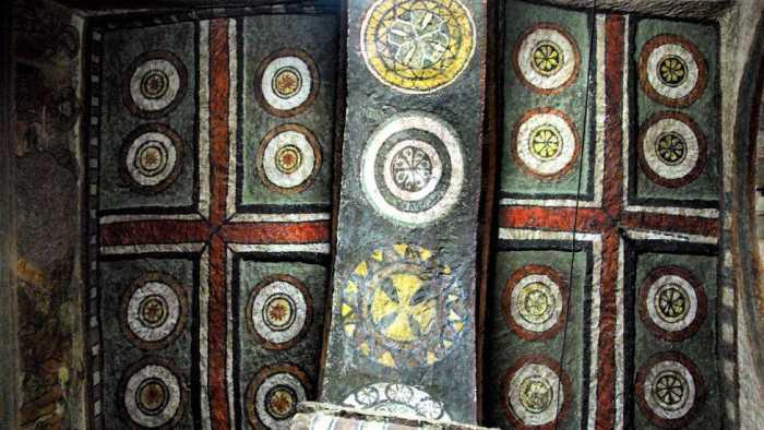 Потолок древнего христианского храма в Эфиопии.