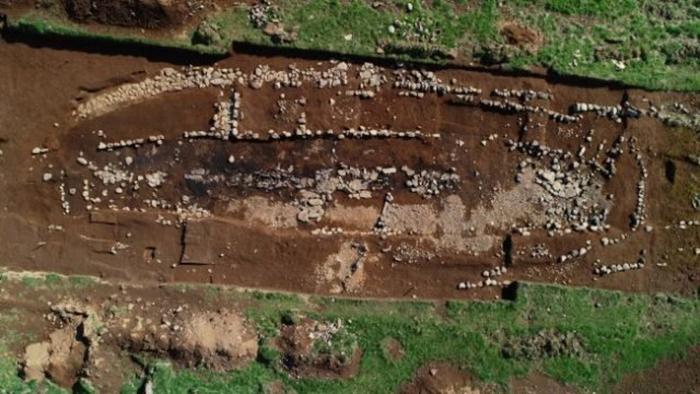 Возраст этого поселения датируется приблизительно 800 годом.