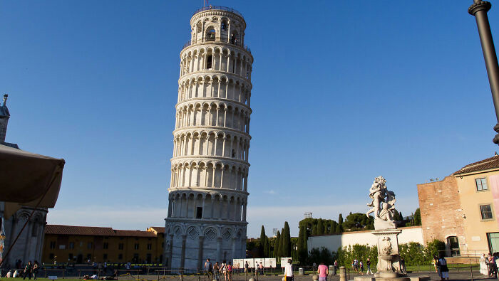 Пизанская башня.