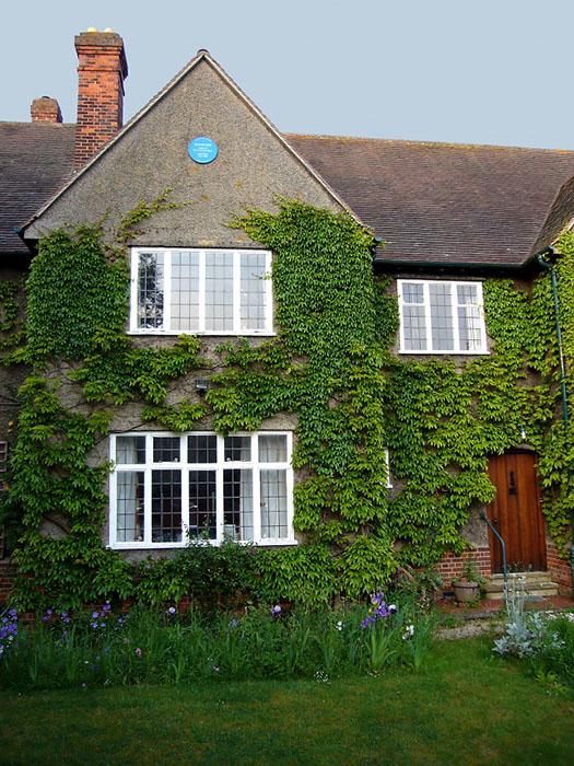 Дом планируют превратить в настоящий рай для фанатов Толкина.