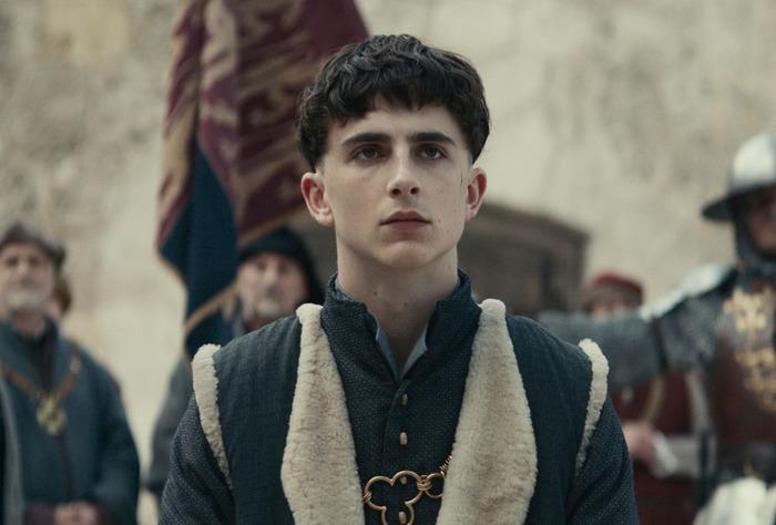 Тимоти Шаламе в роли Генриха V, сериал Netflix «Король».