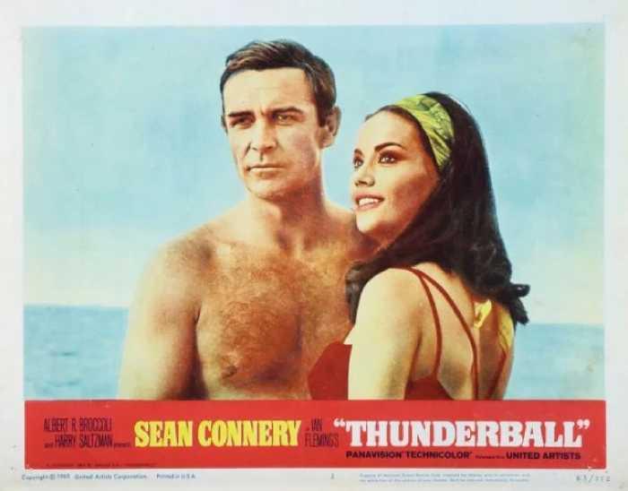 Афиша фильма о Джеймсе Бонде «Шаровая молния», 1965 год.