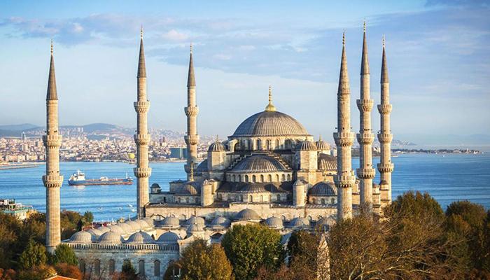 Почему некоторых османских султанов воспитывали в клетках