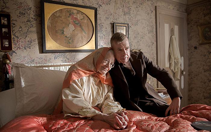 Кадр из фильма «Миссис Лаури и сын».
