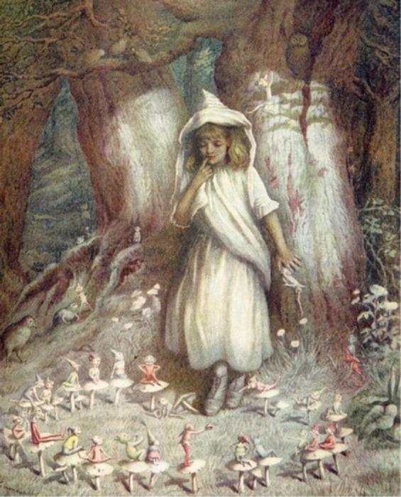 Древние считали, что феи живут в расщелинах мегалитов.