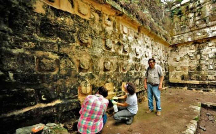 Учёные основываются только на археологических открытиях, чтобы постичь весь смысл культуры майя.