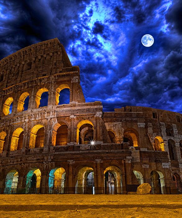 Ночной Колизей.