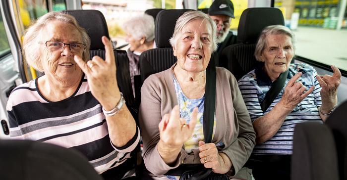 Бабушки из дома престарелых в городе Хайде едут на крупнейший в мире фестиваль тяжелой музыки Wacken Open Air в 2019 году
