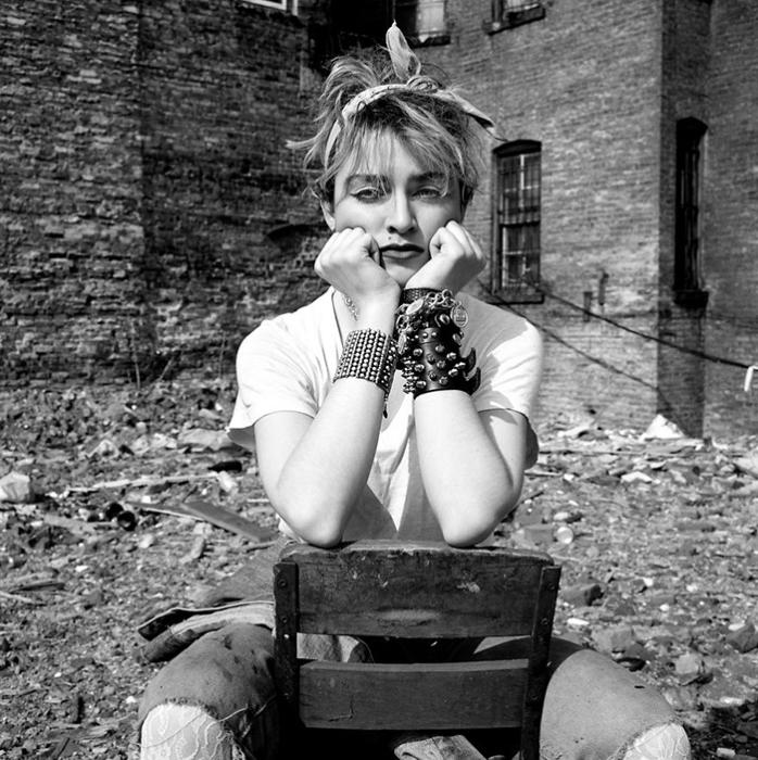 Никто и не подозревал тогда, насколько знаменитой вскоре станет Мадонна.