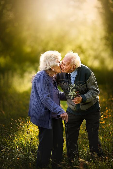 Истинная любовь - это тяжёлый каждодневный труд.
