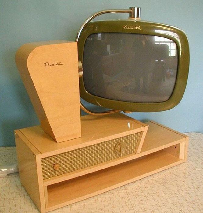 Телевизор Philco Predicta конца 50-х годов прошлого века.