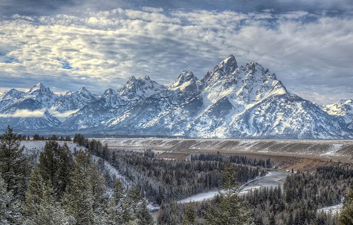 Где-то в Скалистых горах до сих пор клад Фенна дожидается счастливчика.