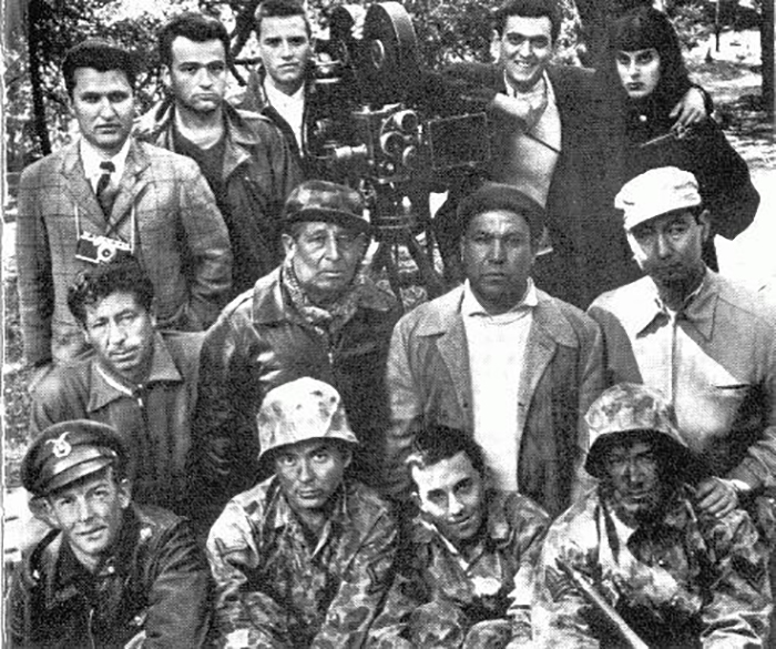 Архивное фото всех, кто принял участие в работе над фильмом «Страх и желание».