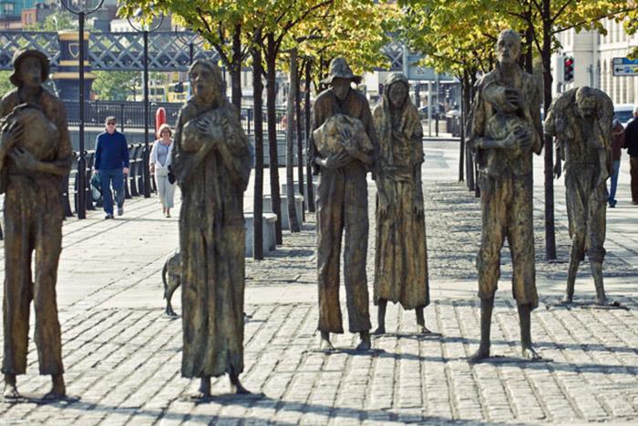 Мемориал в Дублине, посвящённый жертвам Великого голода.