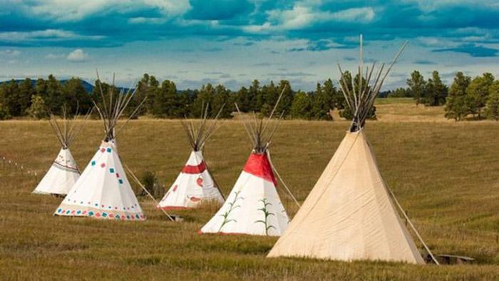 Племя сохранило свою культуру, традиции и язык, несмотря на столетия притеснений.