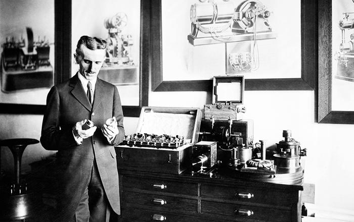 Спустя годы суд США признал роль Теслы в изобретении радио.