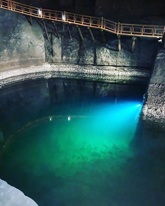 Подземные озёра.