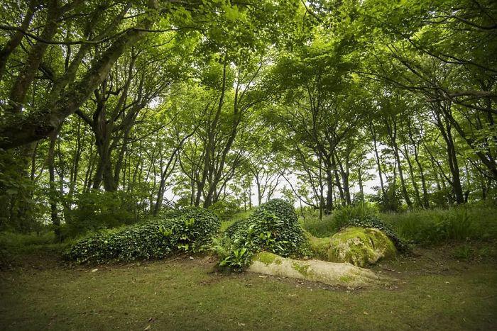 Грязевая дева - одна из главных достопримечательностей садов Хелигана.
