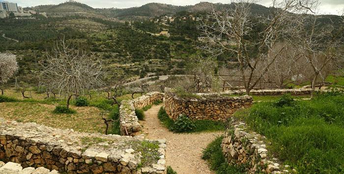 Сейчас монастырь сестёр-назаретянок - это часть центра древнего славного города Назарета.