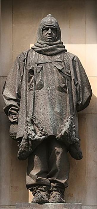 Памятник Эрнесту Шеклтону.
