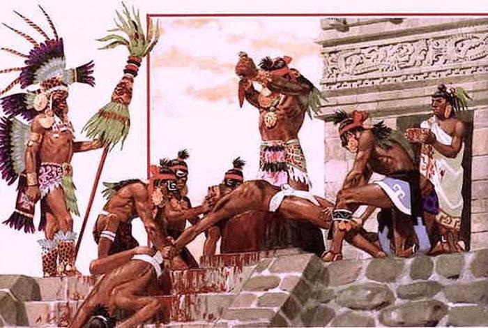 Жертвоприношения ацтеков были весьма жестоки и изобретательны.