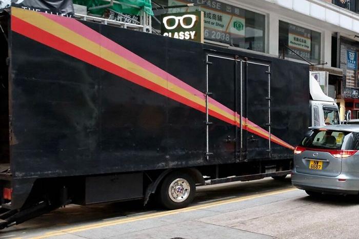 И световой луч бьёт прямо в грузовик! / Фото: instagram.com/edaswong