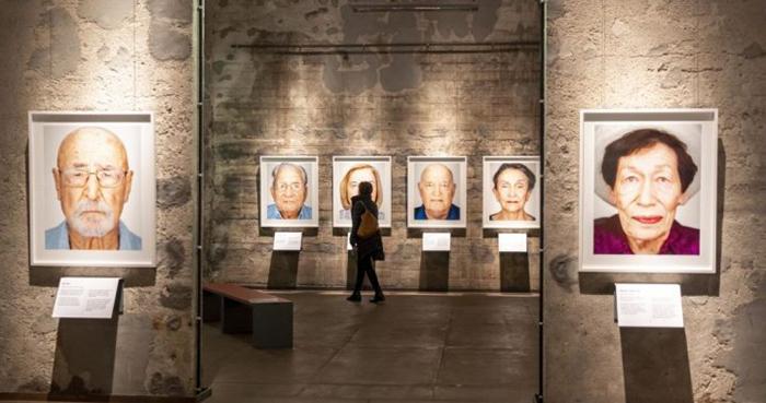 Портреты переживших Холокост.