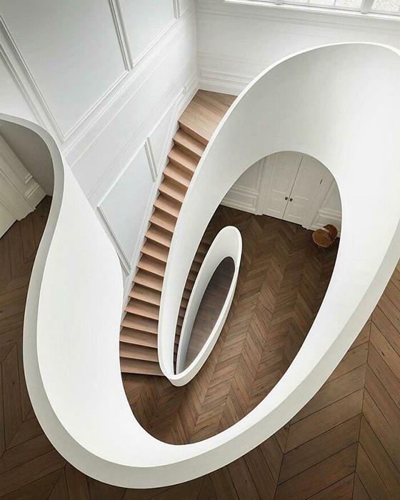 Совершенной красоты лестница. Фото: reddit.com