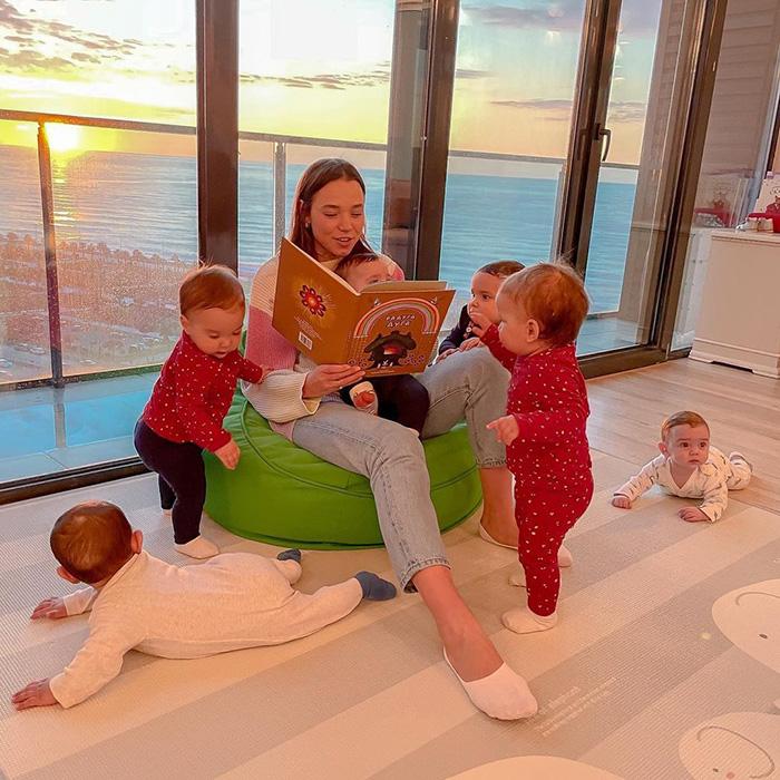 Кристина посвящает детям львиную долю своего времени. / Фото: pinterest.se