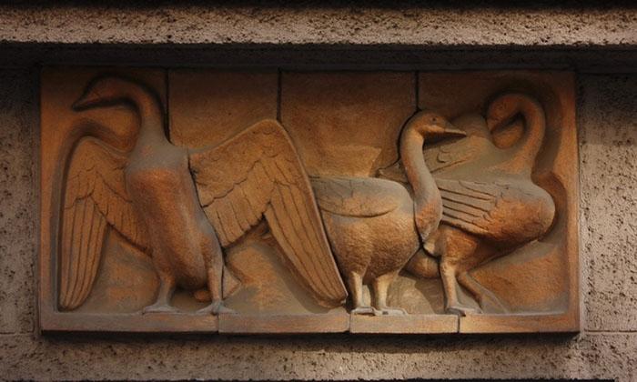 Памятник гусям в Риме. / Фото: en.ppt-online.org