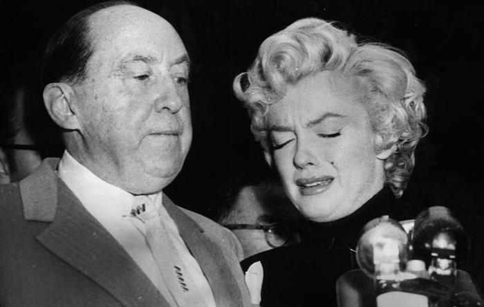 Фотография, сделанная в день развода Мэрилин Монро с Джо Ди Маджио. / Фото: vintag.es