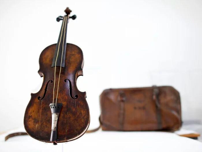 Скрипка Хартли. / Фото: reddit.com