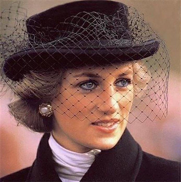 Такой народная принцесса навсегда останется в памяти всех, кто её знал. Ей никогда не исполнится 40. / Фото: gorod.lv