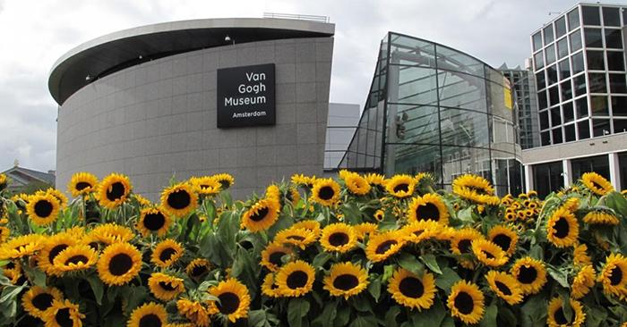Музей Ван Гога, Амстердам.