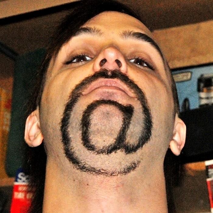 Компьютерная стрижка бороды Джеймса Майрика