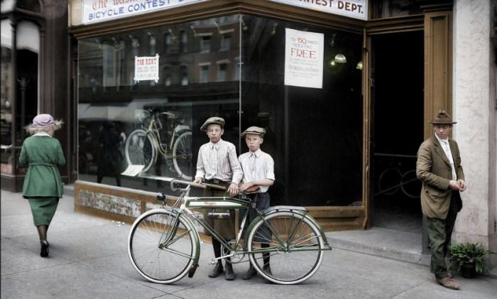 Конкурс велосипедистов, Вашингтон, 1921 год. Автор: Frederic Duriez.