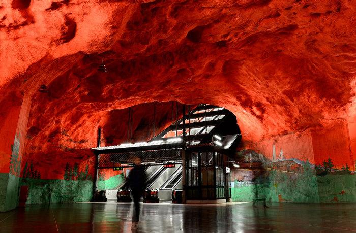 Станция метро.  Стокгольм, Швеция.