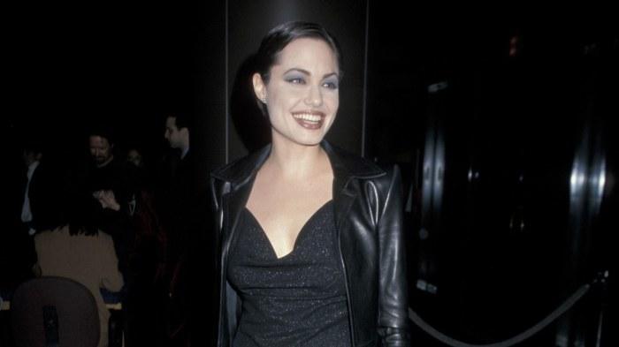 Роковая красотка Анджелина Джоли. \ Фото: vogue.com.