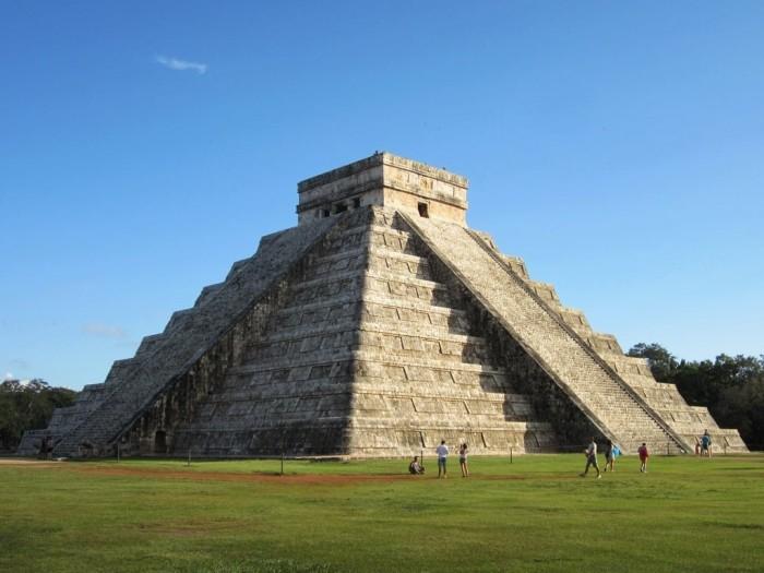 Руины майя в Чичен-Ице. \ Фото: theculturetrip.com.