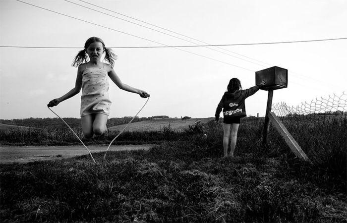 Скакалка. Автор: Alain LaBoile.