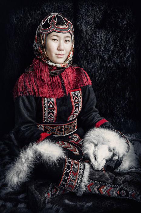 Долгана молодая женщина. Автор: Александр Химушин.