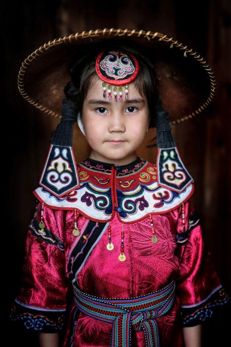 Ульчи маленькая девочка. Автор: Александр Химушин.