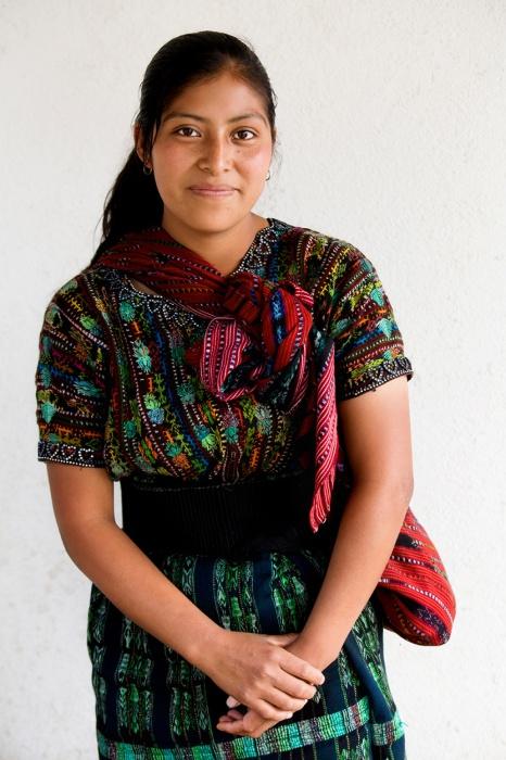 Дівчина з народу какчикелей (Майя), Солола, Гватемала.  Автор: Олександр Хомишина.