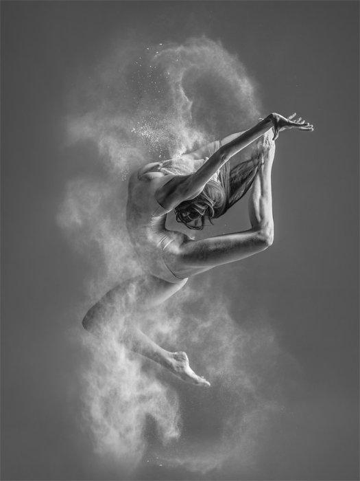 Полёт. Автор: Александр Яковлев.
